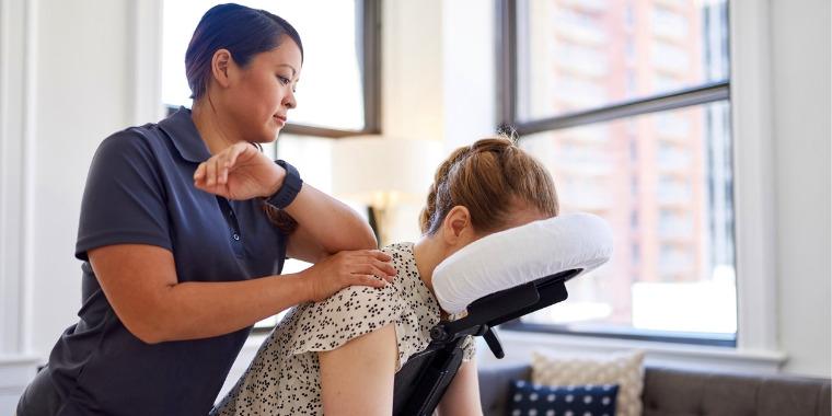 Massage au bureau : les promesses du Amma